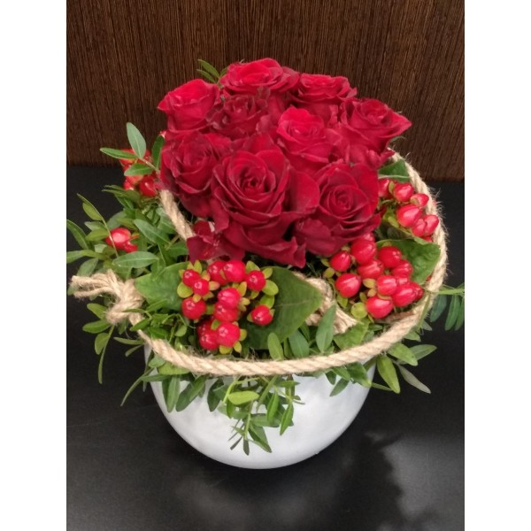 Composition with red roses -  - Ανθοπωλειο Χαλανδρι